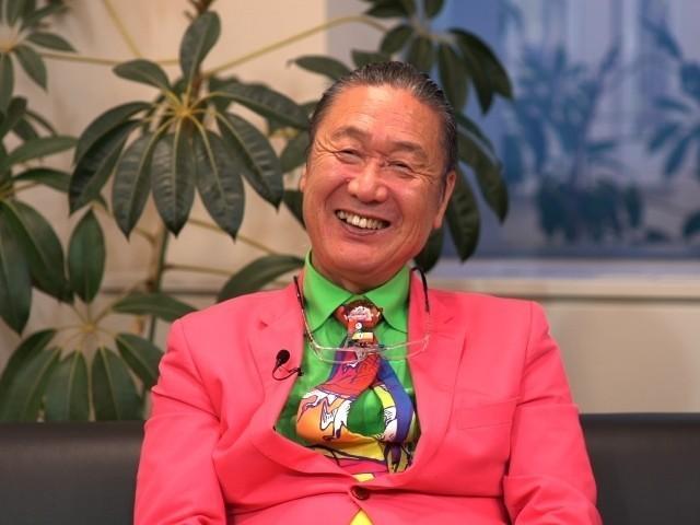 山本寛斎さんの生い立ち